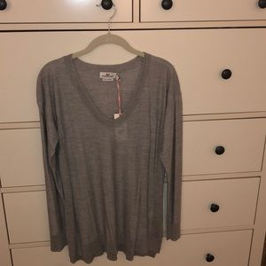 Vineyard vines open v neck sweater. Gray. L. NWT.